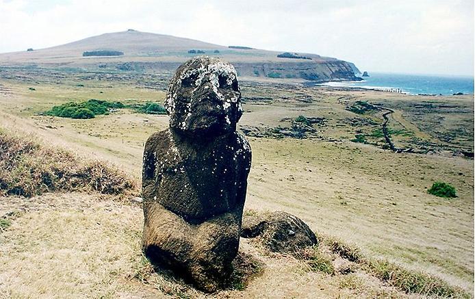 Розгадана таємниця статуй Моаї з острова Пасхи: у статуй є тіла. (1)