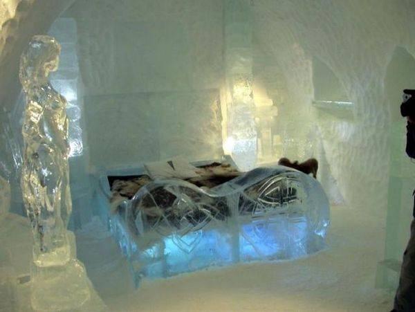 Королівство Снігової Королеви: незвичайний крижаний готель у Швеції (19)