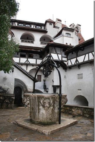 Славнозвісний румунський замок Бран. Замок Графа Дракули. (2)