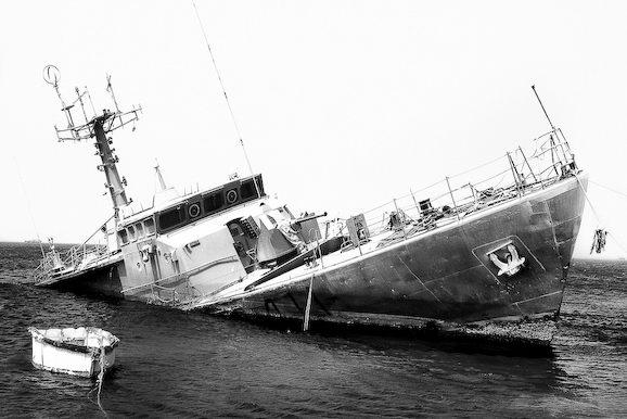 Куди йдуть судна в останню путь. Найбільше в світі кладовище кораблів (9)