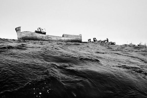 Куди йдуть судна в останню путь. Найбільше в світі кладовище кораблів (5)