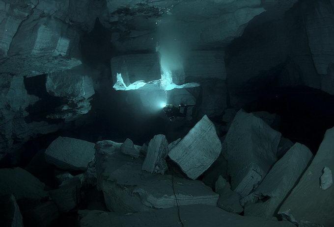 Ординська печера в Росії (2)