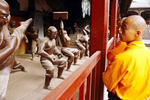 Шаолінь. Буддистський монастир в Китаї (2)