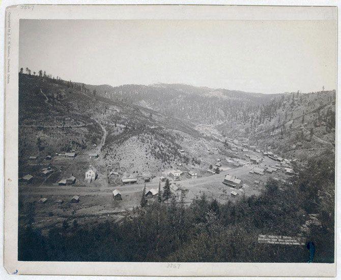 Галена - невелике містечко серед пагорбів Південної Дакоти. Знімок зроблений в 1890 році.