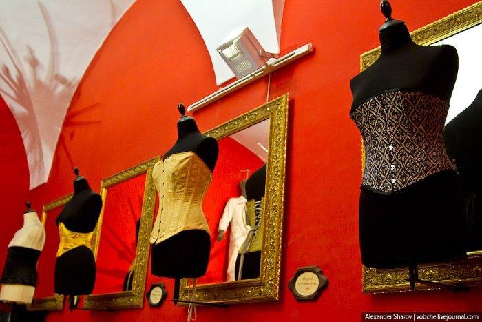 Музей еротики та секс-машин в Празі (25)