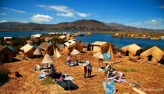 Плаваючі острови озера Тітікака (6)
