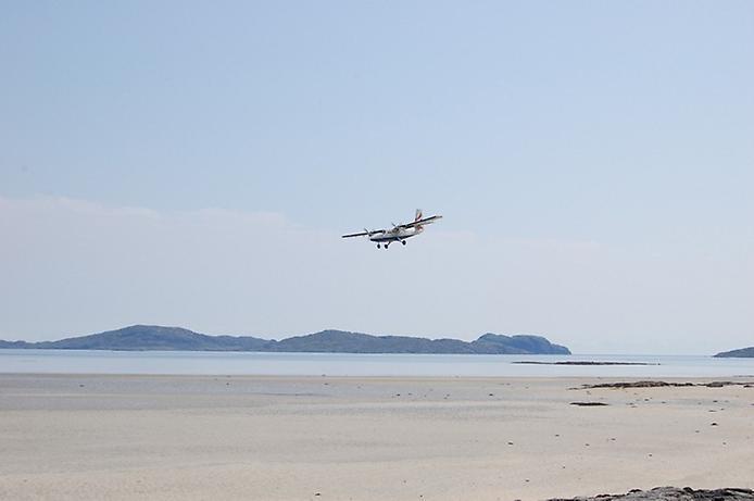 Барра — єдиний в світі аеропорт на пляжі (4)