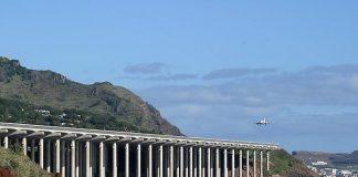 Міжнародний аеропорт Мадейри: аеропорт на колонах (8)