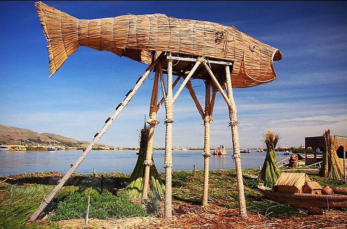 Плаваючі острови озера Тітікака (4)