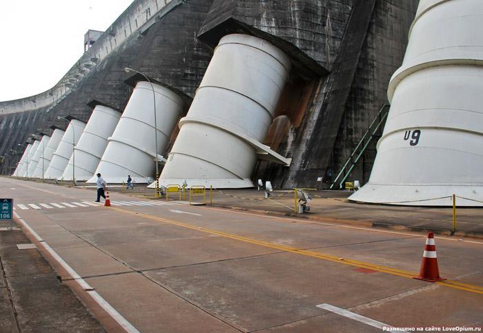 Ітайпу - найбільша ГЕС у світі (10)