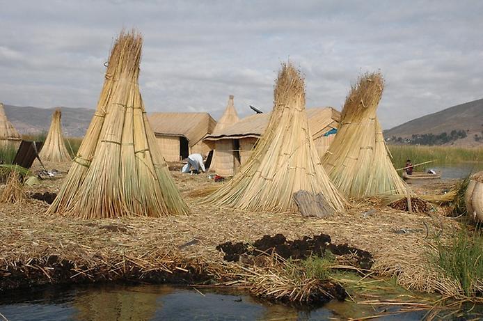 Плаваючі острови озера Тітікака (1)