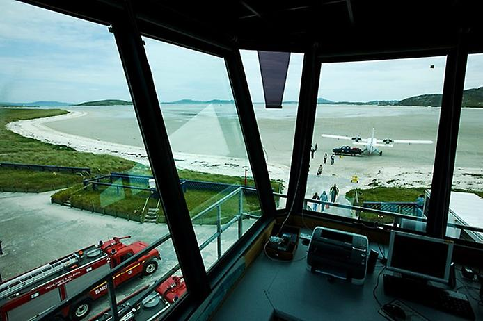 Барра — єдиний в світі аеропорт на пляжі (1)