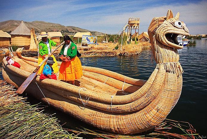 Плаваючі острови озера Тітікака (12)