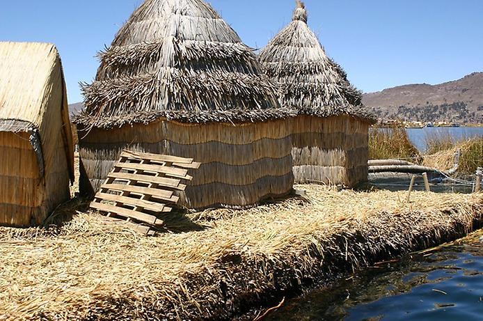 Плаваючі острови озера Тітікака (11)