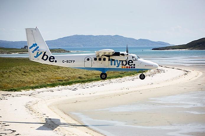 Барра — єдиний в світі аеропорт на пляжі (7)