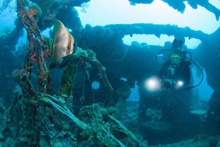 Острови Чуук (Трук) — Лагуна загиблих кораблів (25)