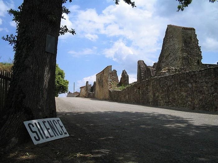Зруйноване місто Орадур-сюр-Глан: страшний пам'ятник Другої Світової (6)