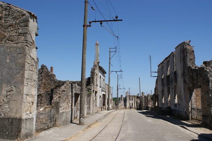 Зруйноване місто Орадур-сюр-Глан: страшний пам'ятник Другої Світової (4)