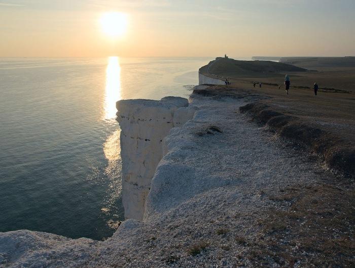 Крейдяні скелі Сім Сестер і Бичі-Хед в графстві Суссекс (10)