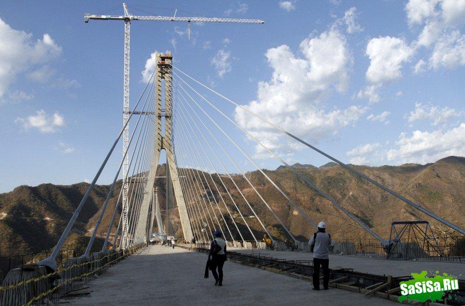 У Мексиці відкрито найвищий висячий міст у світі (4)