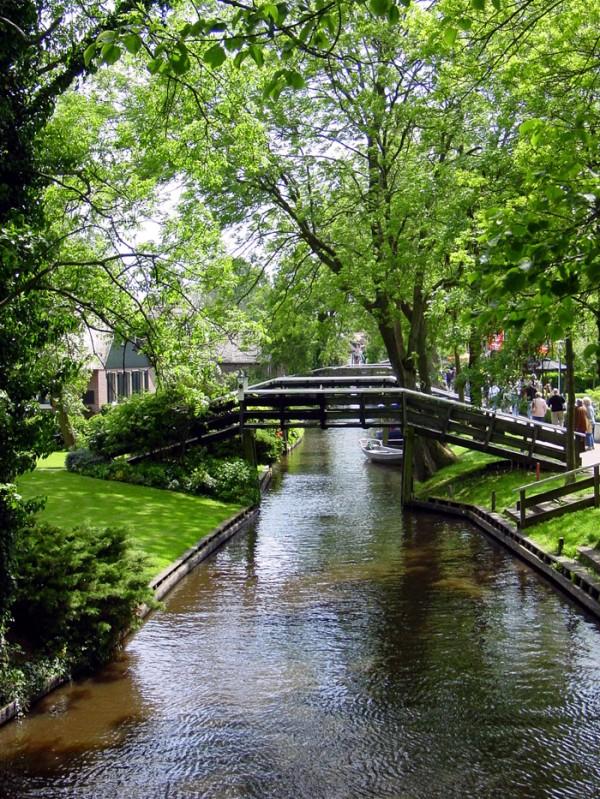 Гітхорн (Giethoorn) - село без доріг або Північна Венеція (13)