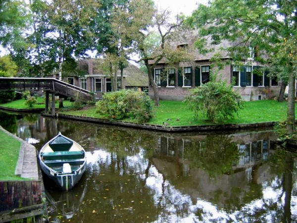 Гітхорн (Giethoorn) - село без доріг або Північна Венеція (11)