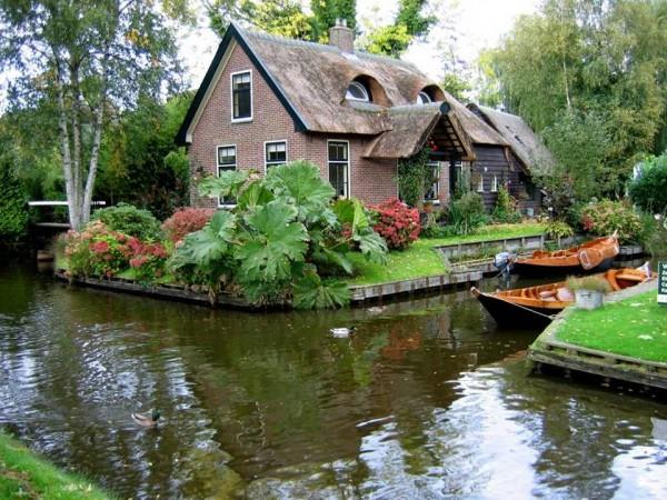 Гітхорн (Giethoorn) - село без доріг або Північна Венеція (9)