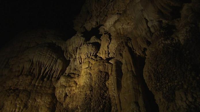 Хан Сон Дунг. Найбільша печера в світі (5)