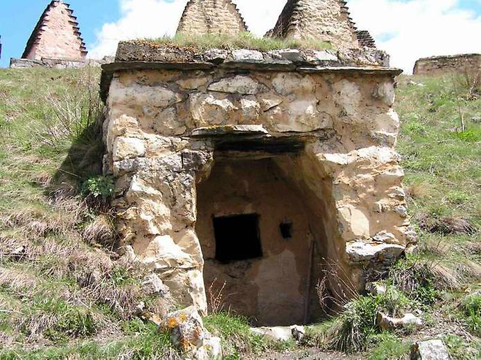 Даргавс - Місто Мертвих: моторошне місто в Північній Осетії (2)