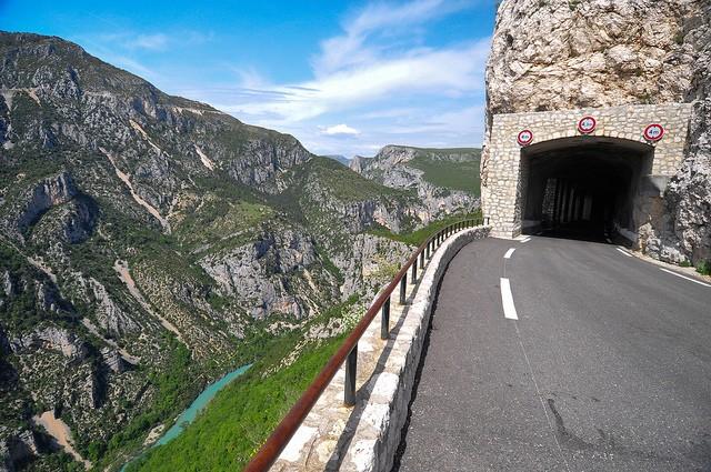 Вердонська Ущелина, або великий каньйон Вердон, вражаюча природна пам'ятка Франції (14)
