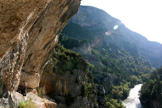Вердонська Ущелина, або великий каньйон Вердон, вражаюча природна пам'ятка Франції (11)