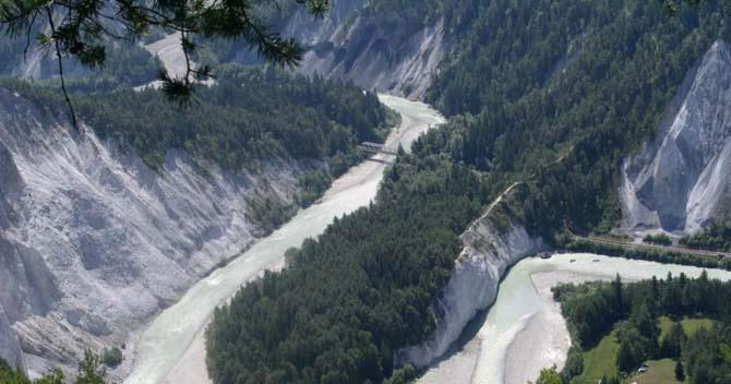 Дивовижний міні-готель в горах Швейцарії (12)