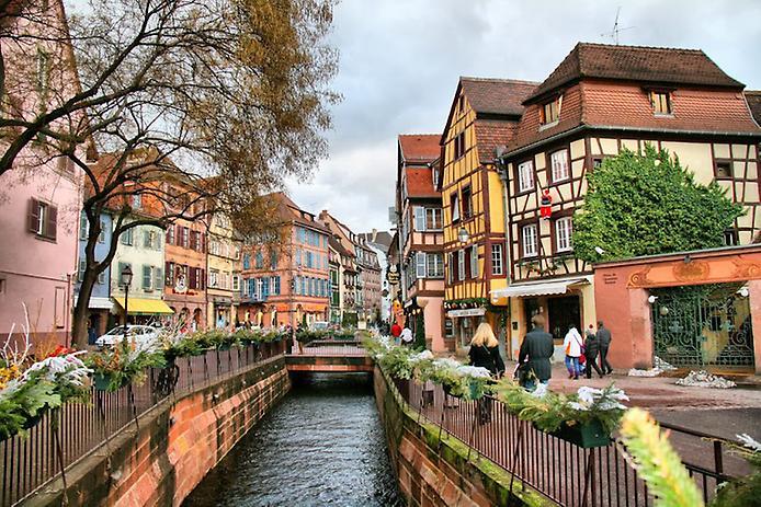 Дивовижний місто Кольмар, Франція (17)