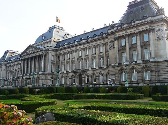 Величний королівський палац. Резиденція короля (4)