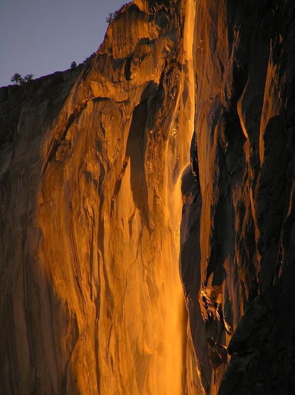Вогняний водоспад Хорстейл (2)