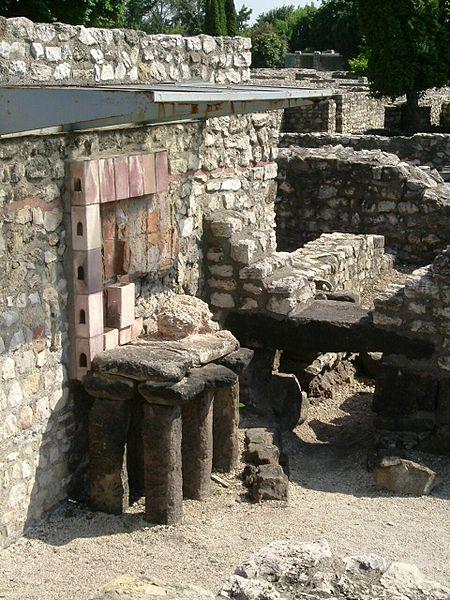 Стародавнє місто Аквінкум (2)