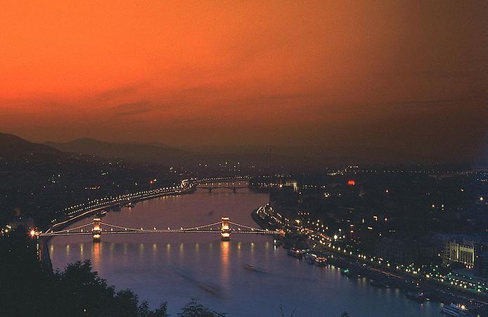 Ланцюговий міст Будапешта