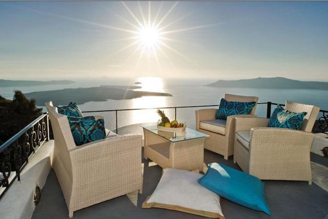 5. Pegasus Suites and Spa, Санторіні, Греція