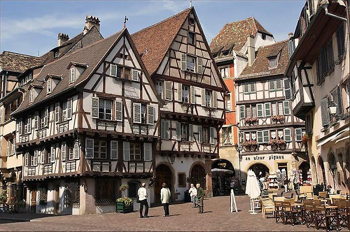 Дивовижний місто Кольмар, Франція (16)