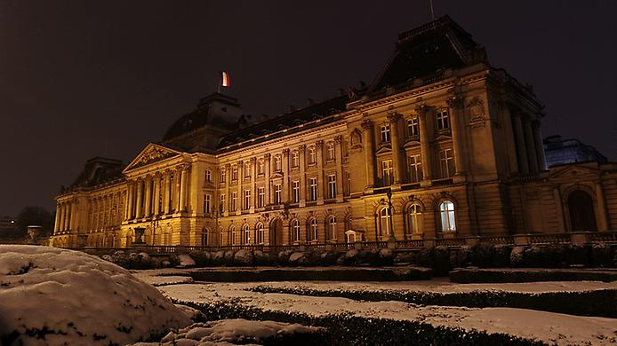 Величний королівський палац. Резиденція короля (2)