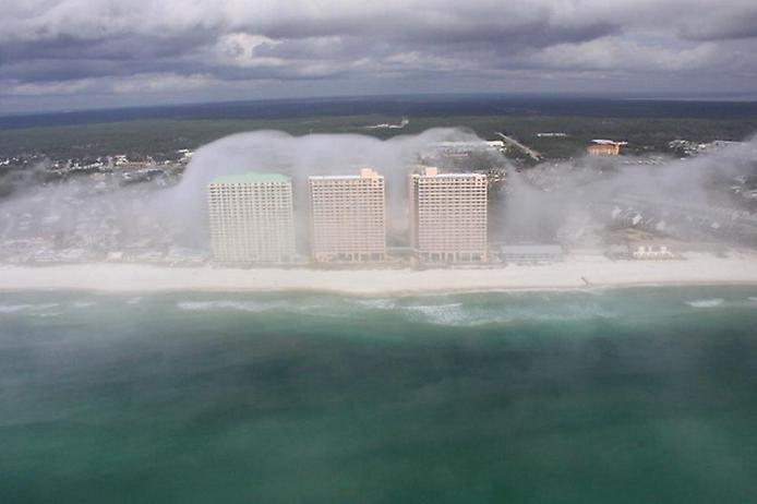 Дивна хвильова хмара на узбережжі Флориди (1)