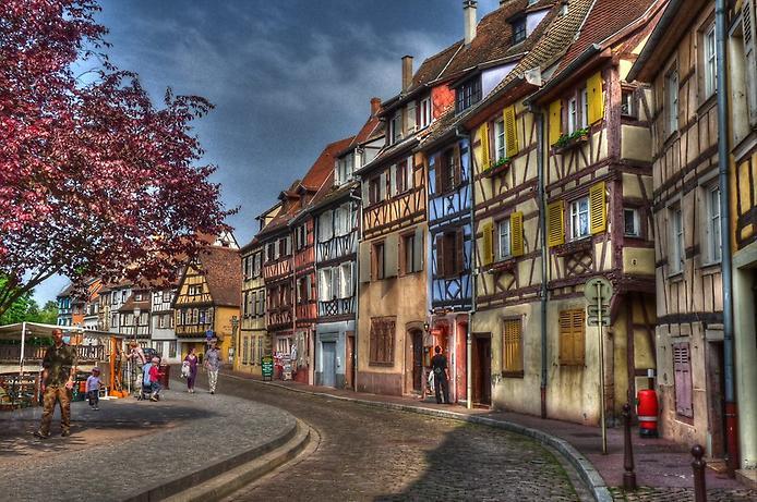 Дивовижний місто Кольмар, Франція (13)