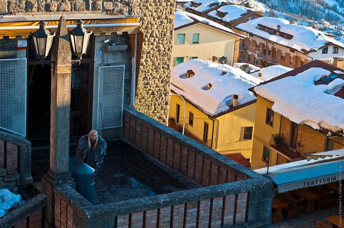 Сан-Марино - крихітна держава на скелях (21)