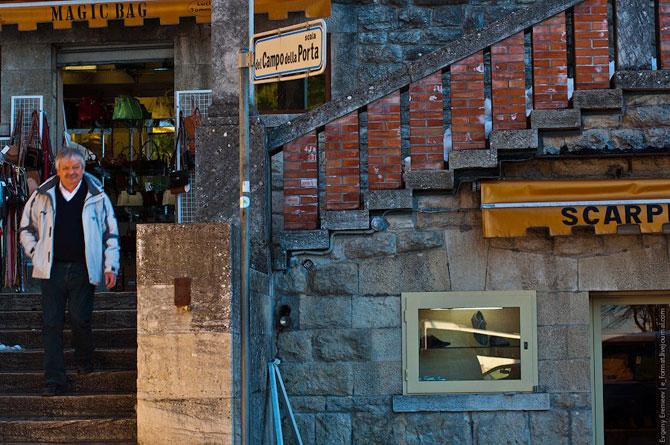 Сан-Марино - крихітна держава на скелях (19)