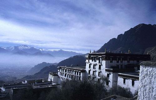 Монастир Дрепунг