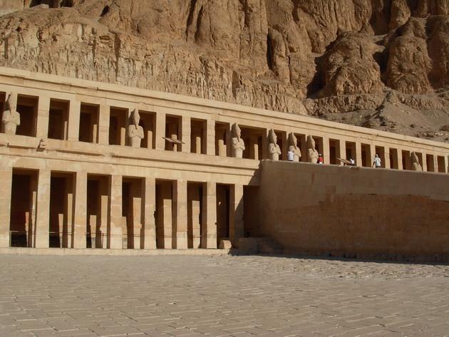 Храм цариці Хатшепсут (5)