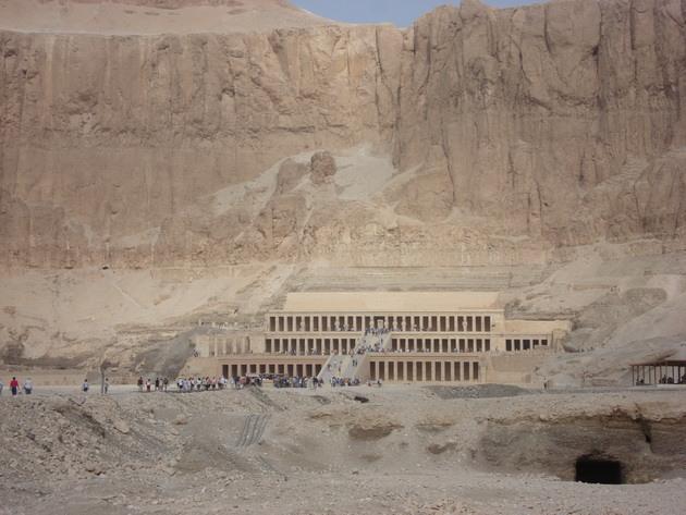 Храм цариці Хатшепсут (11)