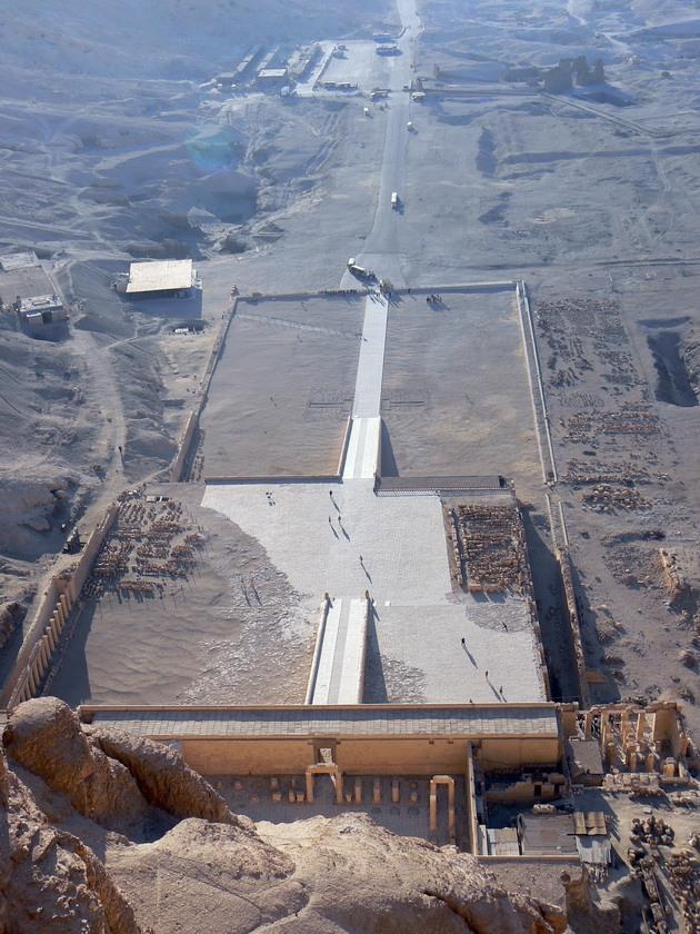 Храм цариці Хатшепсут (9)