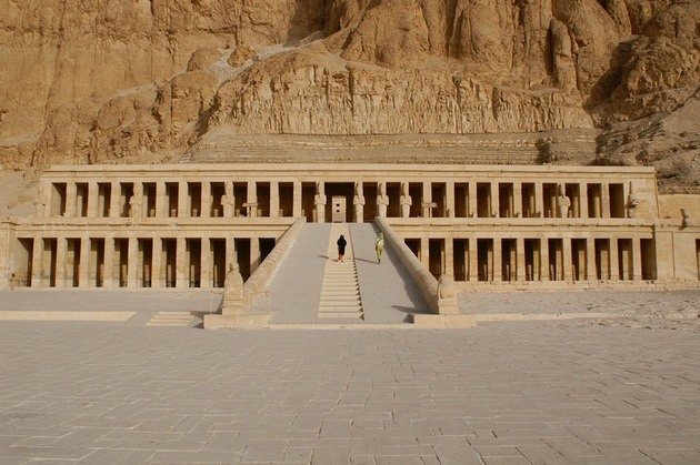 Храм цариці Хатшепсут (2)