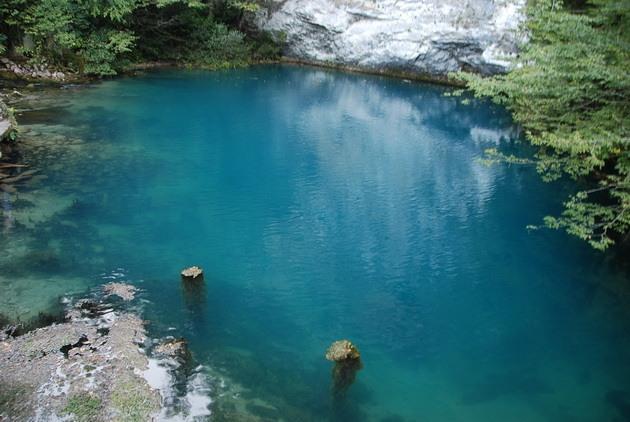 Синє озеро в Абхазії (5)
